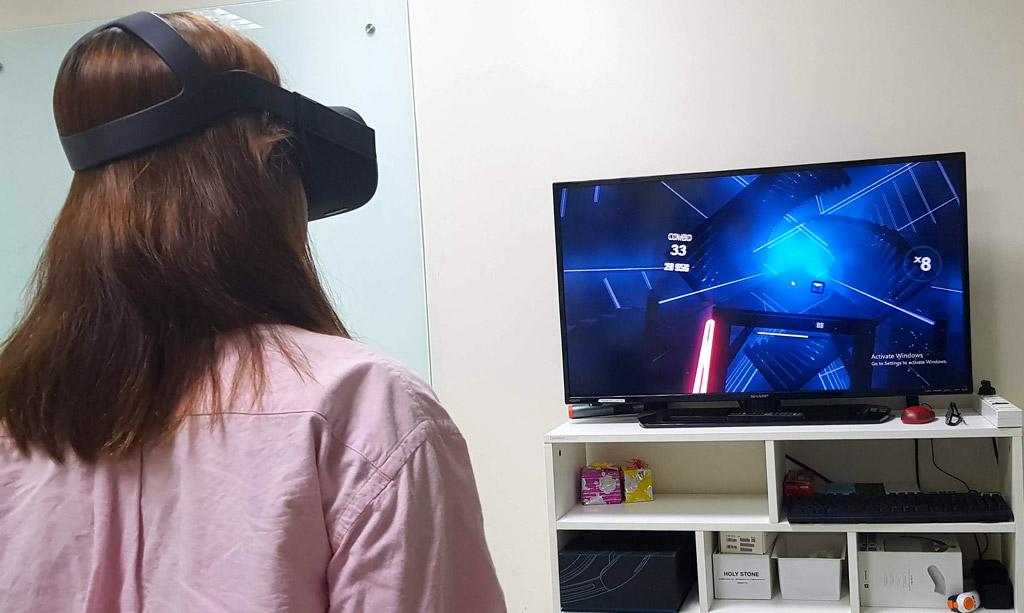 Trò chơi VR hấp dẫn nổi tiếng nhất - Beat Saber